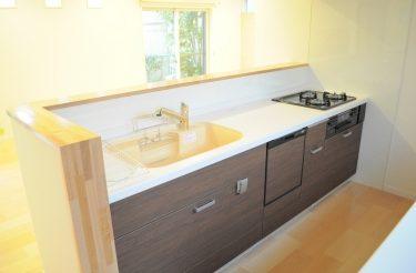 シンプルでモダンな、機能的なキッチンへのリフォーム 奈良市F様邸