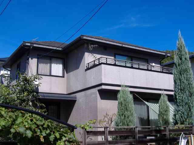 外壁塗装ガイナで落ち着いた色合い変身リフォーム 奈良県生駒市G様邸