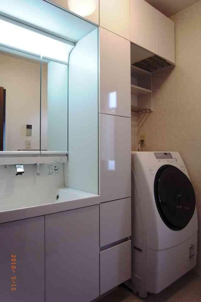 スペースの有効活用のため洗面化粧台のリフォーム 生駒市Y様邸
