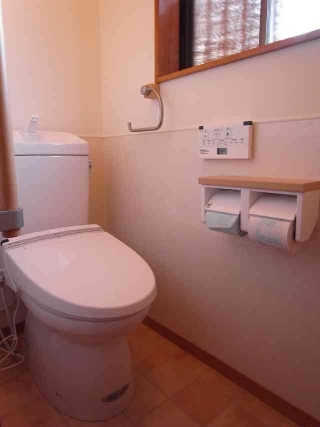 カビ・汚れにお悩みからの、お掃除らくらくトイレへのリフォーム 奈良市U様邸