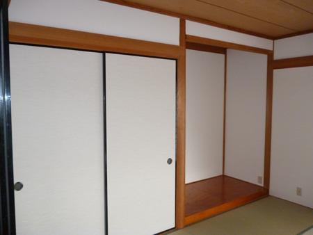 畳、クロス、襖等が焼けている所を貼り替えて雰囲気を明るく 生駒市H様邸