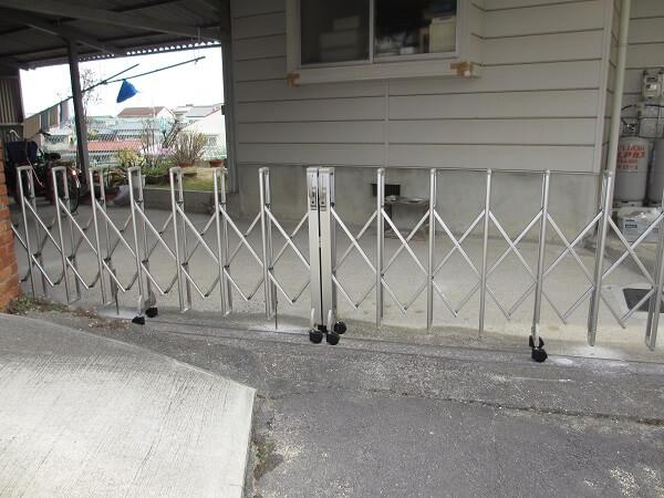 カーポートのゲート工事で開閉も楽々! 生駒郡斑鳩町Y様邸