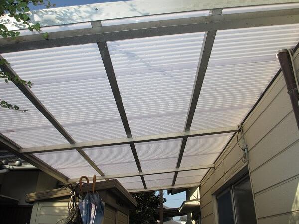 テラス屋根の波板を軽くて強いカーボネート板にしました! 奈良市G様邸