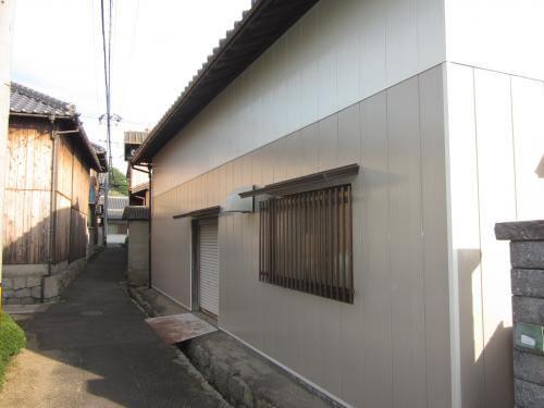 納屋の外壁を塗装してピカピカに 平群町A様邸