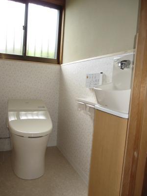 1Fは和→洋トイレ、2Fはコンパクトトイレへ交換! 生駒市K様邸