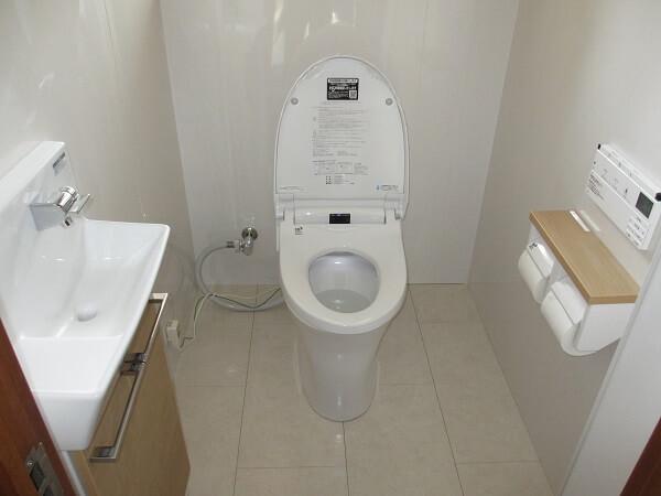 トイレ機器と床・壁を一新! 生駒郡斑鳩町H様邸