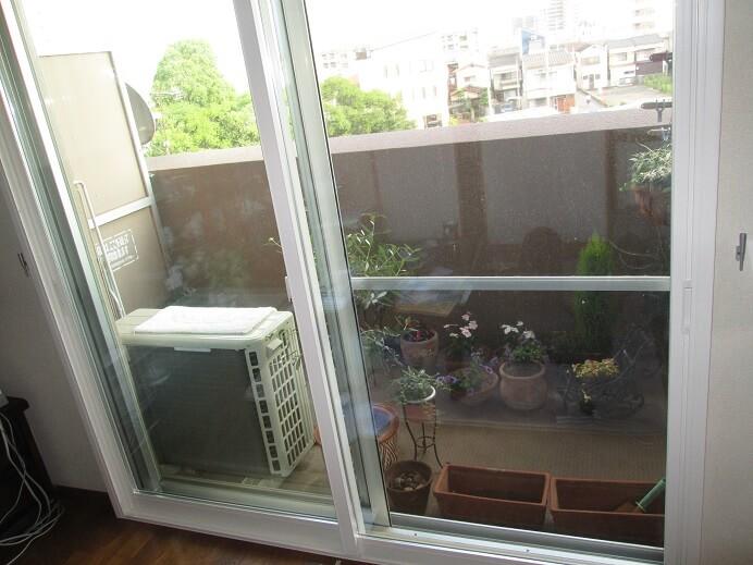 マンションの窓に内窓設置で夏の暑さをシャットダウン! 奈良市N様邸