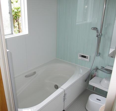 タイルの浴室からユニットバスへ エコキュートも設置で省エネに! 生駒郡斑鳩町D様邸
