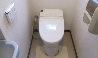 タンクレストイレに交換で空間も広々!