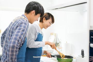 キッチンの「幅」を決める時に忘れてはいけない配膳スペース。