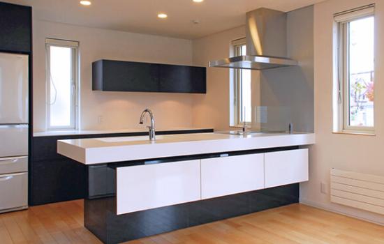 キッチンを対面式ペニンシュラ型システムキッチンにする