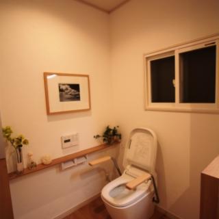 トイレは介護しやすくお手入れしやすいワンルームへ