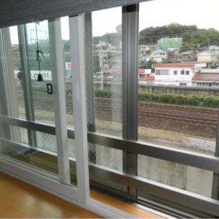 騒音防止と結露対策に内窓を設置